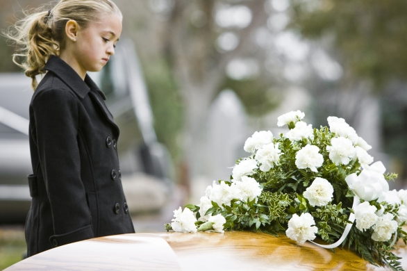 children-and-funerals.jpg?w=586&h=390&crop=1